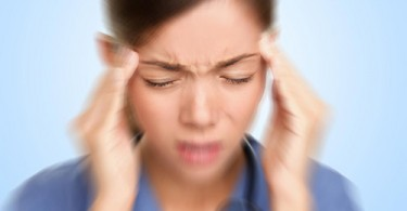 Odd_Signs_That_Indicate_Your_Headache_might_be_a_Migraine