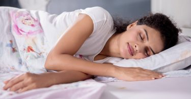 women sleeping - benefits of sleeping